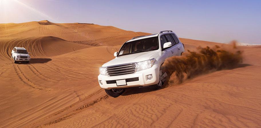 Dubai Jeep 4x4 Safari in der Wüste